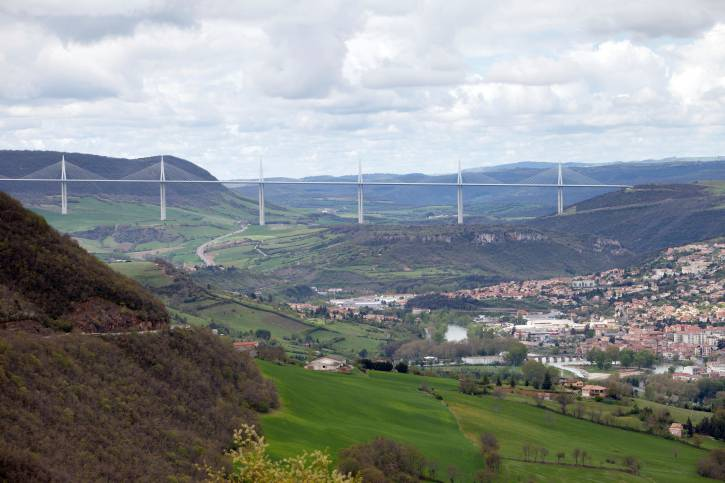 Millau Viaduct, Francia (Thinkstock)