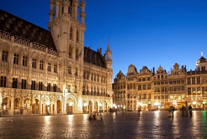 Bruxelles di notte (Thinkstock)
