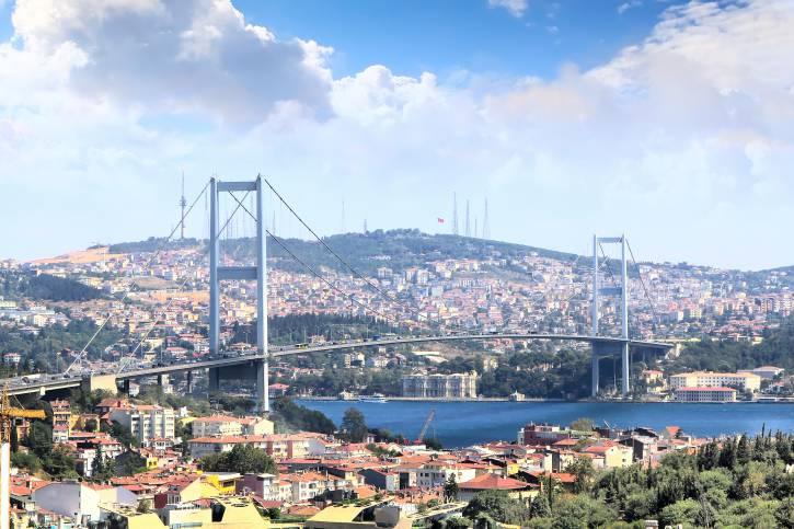 Istanbul, Ponte sul Bosforo (Thinkstock)