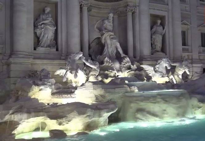 La Fontana di Trevi Restaurata (Screenshot YouTube)