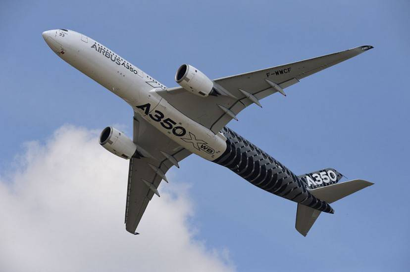 Airbus A350 XWB (MIGUEL MEDINA/AFP/Getty Images)