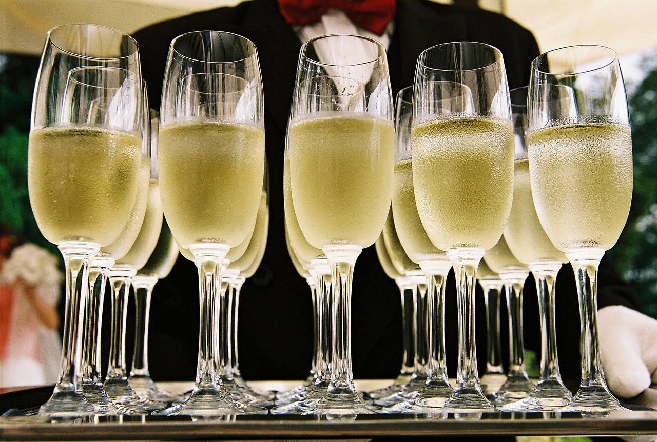 I 10 Champagne Piu Cari Del Mondo Viagginews Com