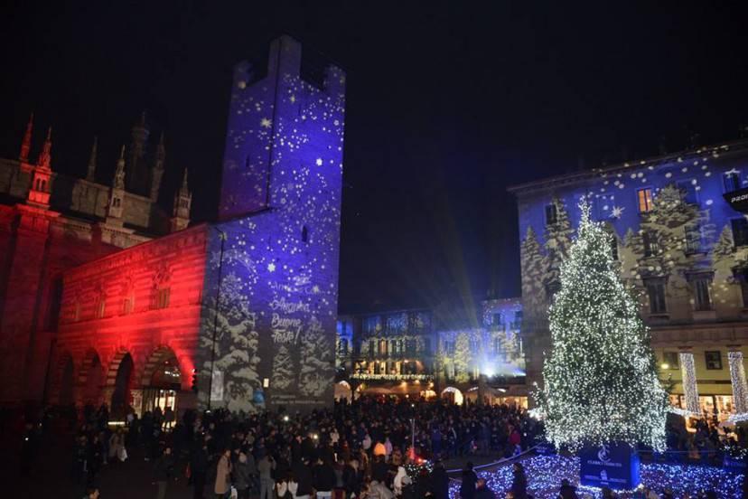 Foto da Fb Città dei Balocchi Como