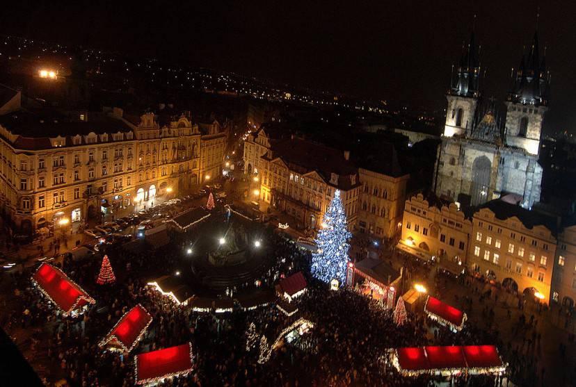 Mercatino Natale a Praga (Getty Images)