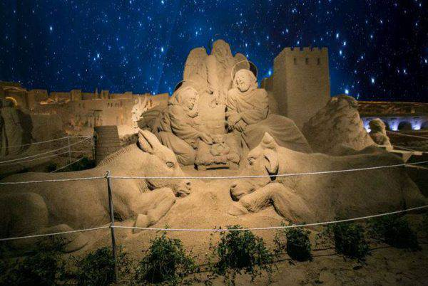 Presepe di sabbia a Torre Pedrera (da www.presepinriviera.it)