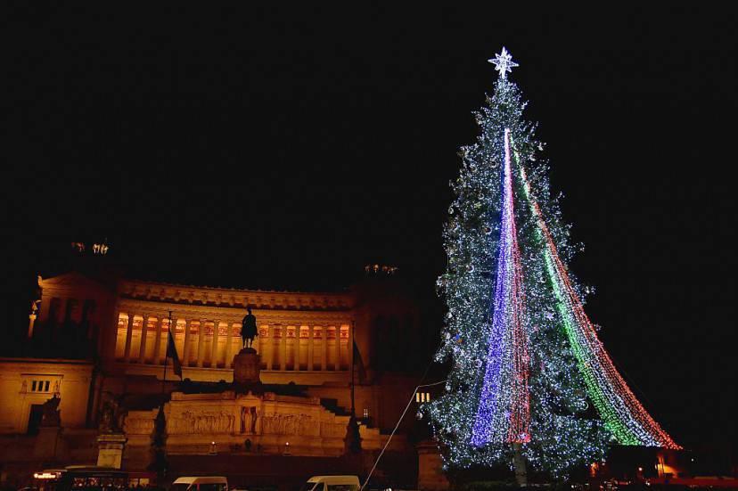 Albero di Natale a Piazza Venezia a Roma (VINCENZO PINTO/AFP/Getty Images)