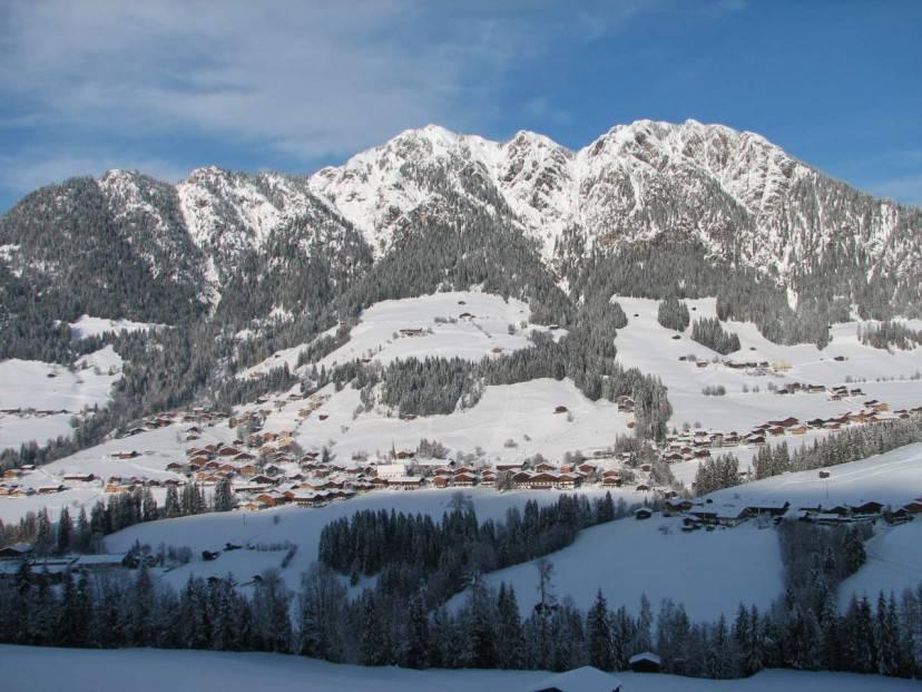 Alpbach (Foto Wikipedia. Pubblico Dominio)