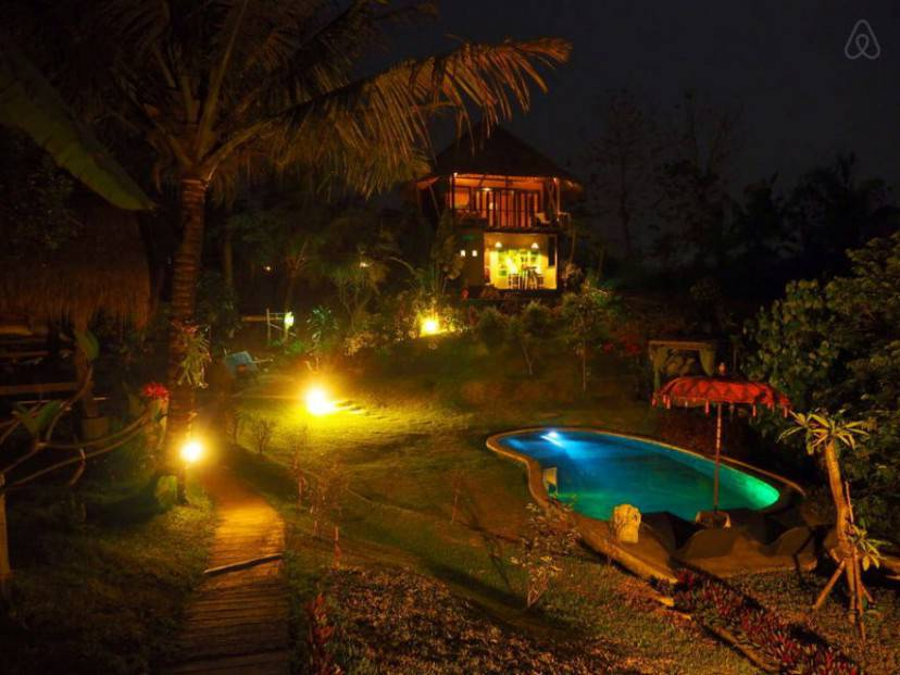 Balian Treehouse (Airbnb)