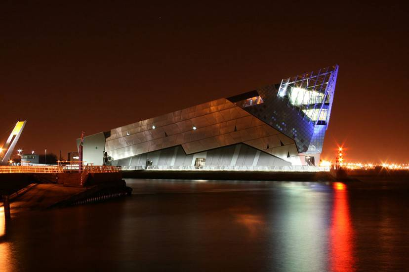 L'acquario The Deep a Hull, Inghilterra (Foto di :Skyrider2688, CC BY 2.5, Wikicommons)