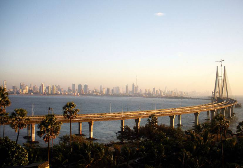Mumbai (Foto di Woodysworldtv. Licenza CC BY 2.0 via Wikimedia Commons)