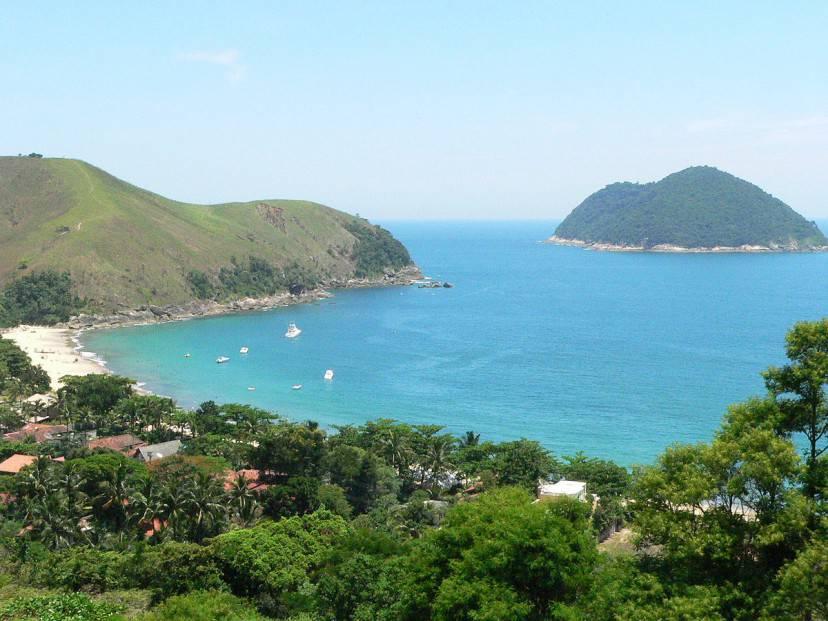 Toque Toque Grande, São Sebastião, Costa Verde (Foto di Andrade Lopes. Licenza CC BY-SA 3.0 via Wikimedia Commons)