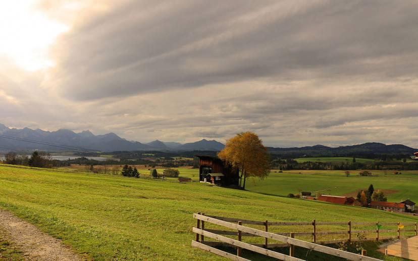 Baviera, paesaggio (Foto di Bildzwerg. Licenza CC BY-SA 3.0 via Wikimedia Commons)