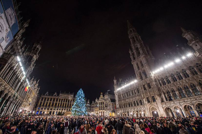 Capodanno 2016 a Bruxelles (ANTHONY DEHEZ/AFP/Getty Images)