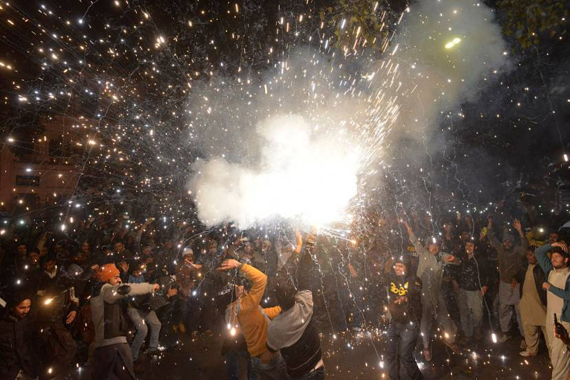 Capodanno a Lahore, Pakistan (ARIF ALI/AFP/Getty Images)