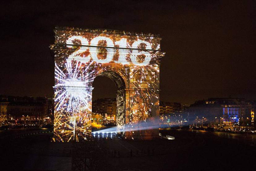 Capodanno 2016 a Parigi (FLORIAN DAVID/AFP/Getty Images)