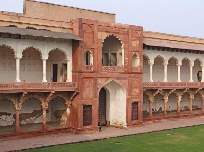 Forte Rosso di Agra (Foto di Jean-Pierre Dalbéra. CC BY 2.0 via Wikimedia Commons)
