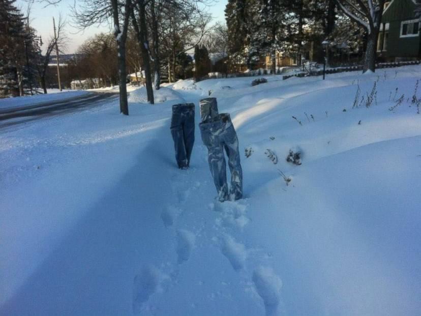 Frozen Pants (Twitter @MikeLoBurgio)