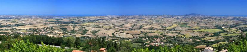 Panorama da Cingoli (Alessandro Vecchi. CC BY-SA 3.0, Wikipedia)