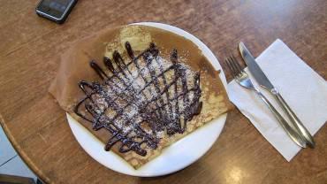 Crêpe al cioccolato e cocco (Foto di Reubentg, CC BY-SA 3.0, Wikipedia)
