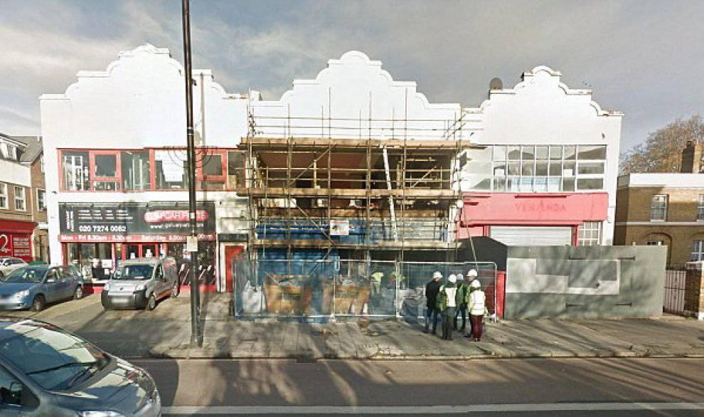 Fervono i lavori per la ristrutturazione (Google Street View)