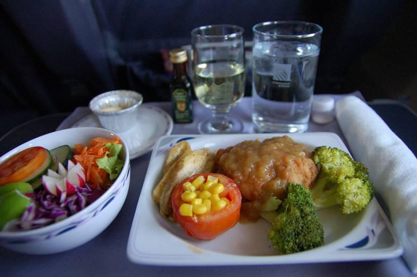 Pasto in aereo (Alex Steffler. CC BY 2.0 via WikiCommons)