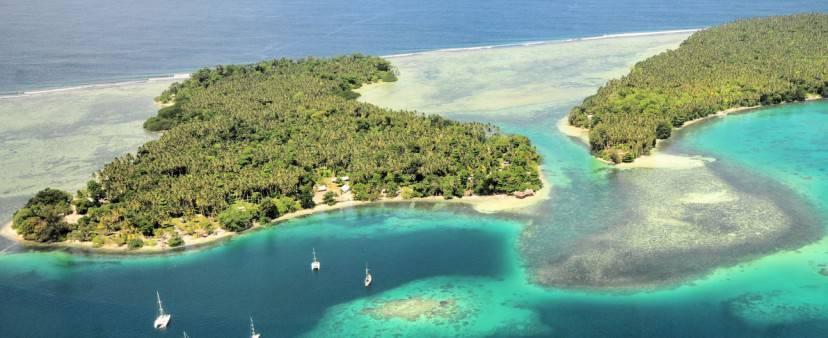 Nusa Island Retreat, Nuova Irlanda, Papua Nuova Guinea, (www.worldsurfaris.com)