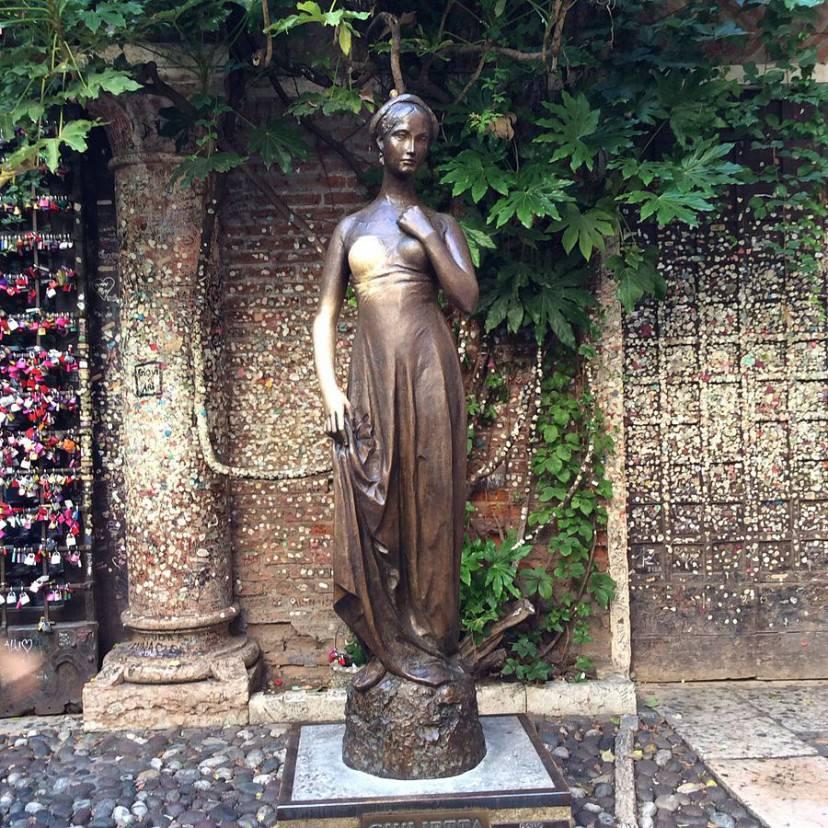statua_giulietta_casa_verona