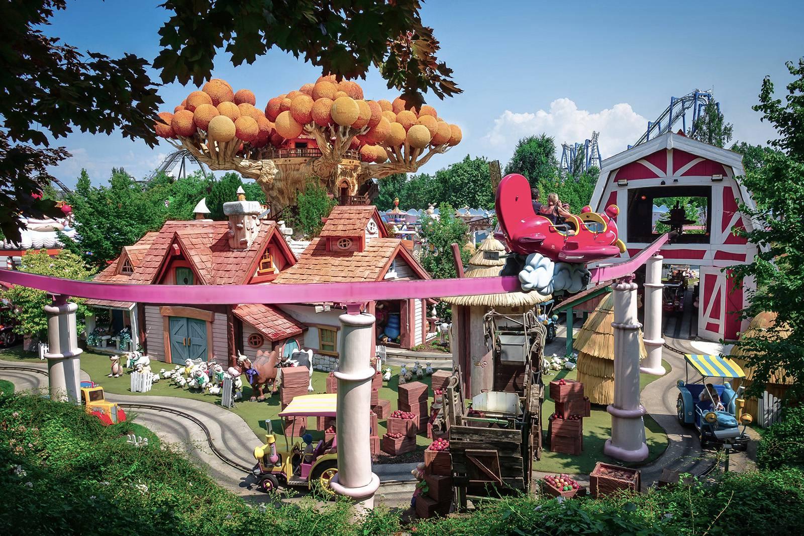Gardaland - Fantasy Kingdom  2016