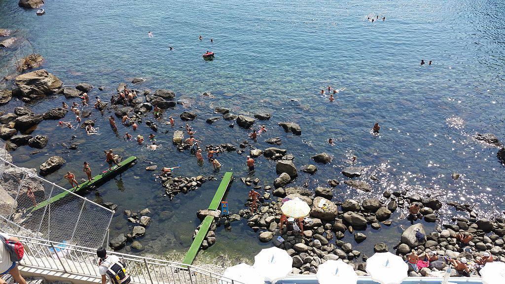 Ischia, Sorgeto, (Wikipedia Commons)