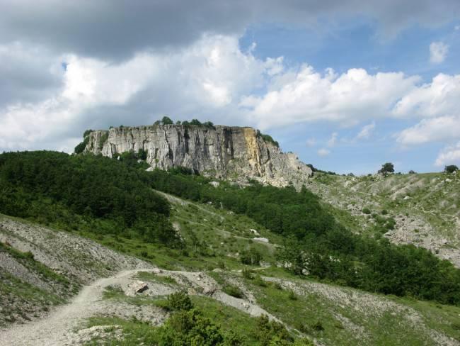 Sasso Simone (Wikipedia, Pubblico Dominio)