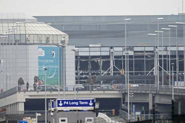 Attentato all'aeroporto di Bruxelles (DIRK WAEM/AFP/Getty Images)