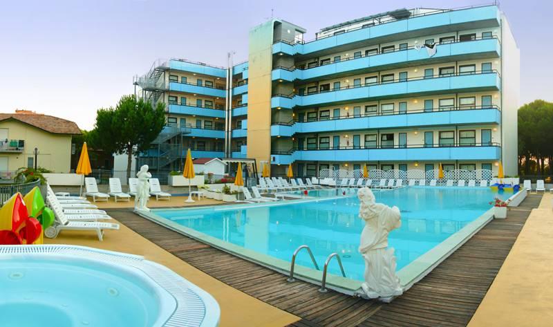 Hotel per famiglie i migliori d 39 italia viaggi - Residence riccione con piscina ...