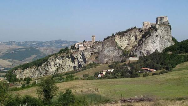 San Leo (Di Toni Pecoraro, Wikicommons, pubblico dominio)