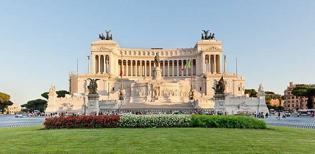 Il Vittoriano a Piazza Venezia, Roma (Di Paolo Costa Baldi, CC BY-SA 3.0, Wikipedia)