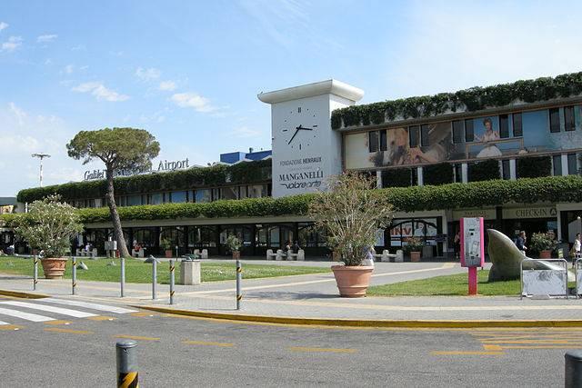 Aeroporto di Pisa (Di DV, CC BY-SA 3.0, Wikipedia)