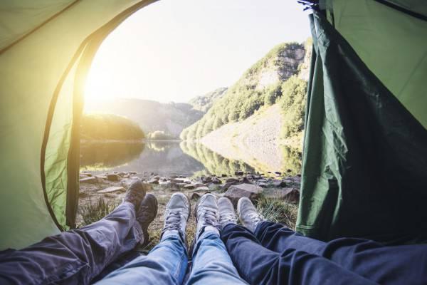 Camping (FilippoBacci iStock)