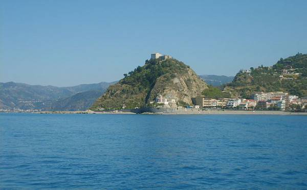 Capo D'Orlando (Di Salvatore Messina, GFDL, Wikipedia)