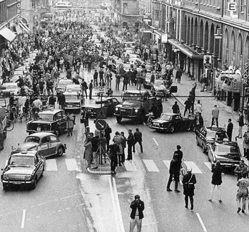1967, viene cambiato il lato di guida in Svezia. Caos per le strade