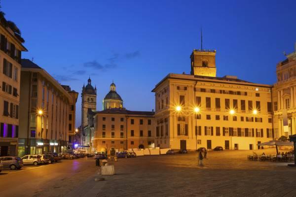 Genova (Arpad Benedek, iStock)