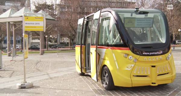 Autobus senza conducente AutoPostale Svizzera (Screenshot RSI)