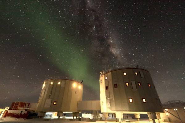 Base italo-francese Concordia in Antartide (www.italiantartide.it)
