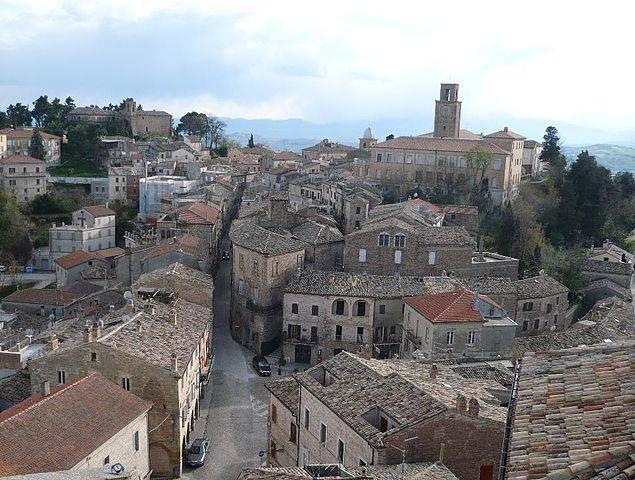 Ripatransone (Di Paolo Rocchetti, Pubblico Dominio, da Wikipedia)