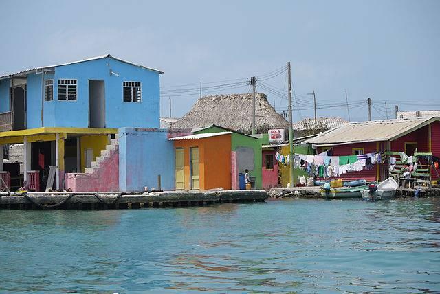 Santa Cruz del Islote (Uhkabu, CC BY-SA 3.0, Wikicommons)
