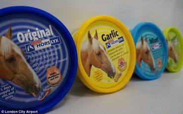 horse-food-LONDON0516
