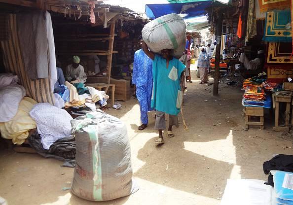 Un mercato a Kano, nel Nod della Nigeria (AMINU ABUBAKAR/AFP/Getty Images)