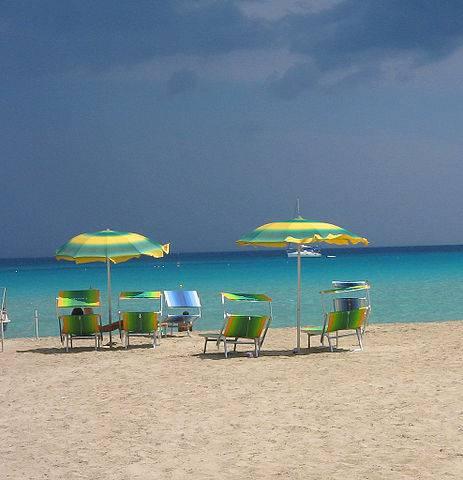 Spiaggia di San Vito Lo Capo, Trapani (fab. - trapani_san vito lo capo, CC BY 2.0, Wikicommons)
