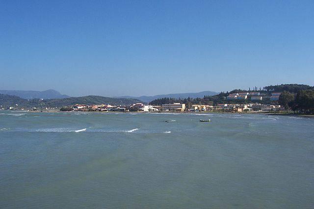 Sidari, Corfù (Enrique Íñiguez Rodríguez (Qoan) - Own work, CC BY-SA 3.0, Wikicommons)