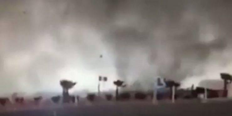 tromba Marina a Una tromba marina a Sottomarina di Chioggia (Screenshot YouTube)