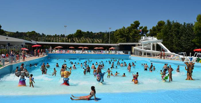 Villaggio Turistico Lido d'Abruzzo, piscina (Foto sito web)