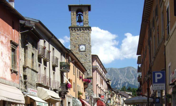 Amatrice, Rieti, il Corso, prima del terremoto (Mario1952, CC BY-SA 3.0, Wikipedia)